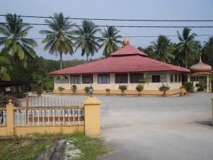 Contoh masjid kampung