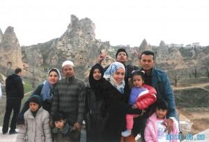2013, di Turki bersama anak2 dn cucu2..