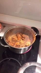 Sebelum keluar sy akan masak utk keluarga sy.. Ni ayam masak sambal.. Sedap sgt.. ha..ha..ha..