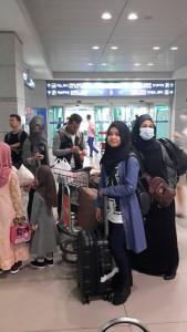 Start bermask tiba kat Airport Korea.. Nak cari train ni..