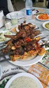 Ni paling sedap. Ayam, kambing, sayuran. Manisnya.. Subhanallah sedapnya..